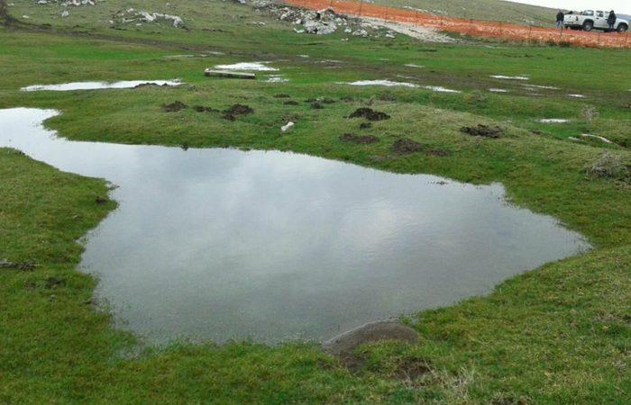 Impianti eolici e falde acquifere: una relazione pericolosa in ambienti carsici come la Montagna di Morcone