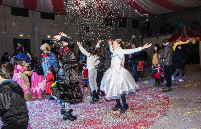 FotoRacconto del Carnival Show – Festa in maschera per bambini