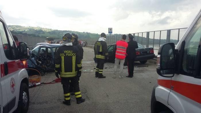 Grave incidente stradale sul Ponte Pescosardo, almeno 3 auto coinvolte