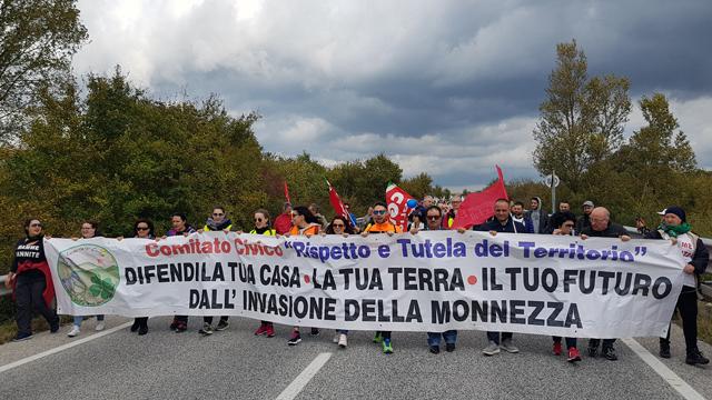 Oggi la protesta sulla statale 87: 'No a invasione della monnezza nel Sannio'