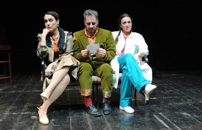 """Ritorna l'appuntamento a teatro con """"Usciti Pazzi"""""""