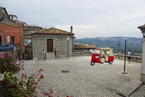 """Mobilità e turismo, in aiuto arrivano due """"calessini"""""""