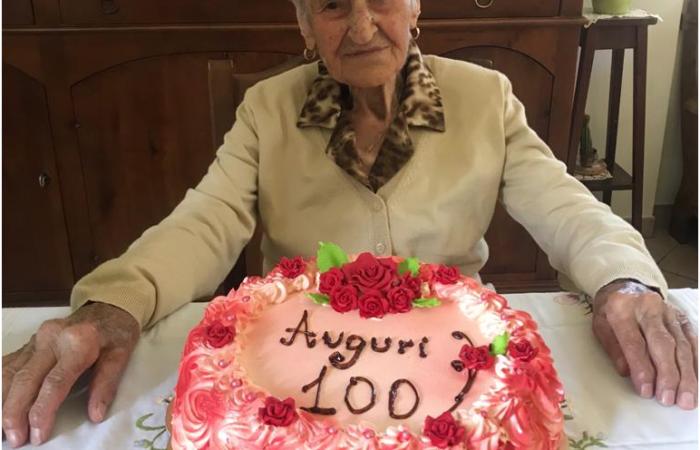 """L'angolo dei lettori: gli auguri per i 100 anni di """"Nonna Michela"""""""