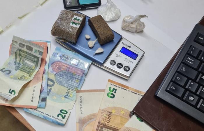 Arresto per due pusher: detenzione ai fini di spaccio di stupefacenti